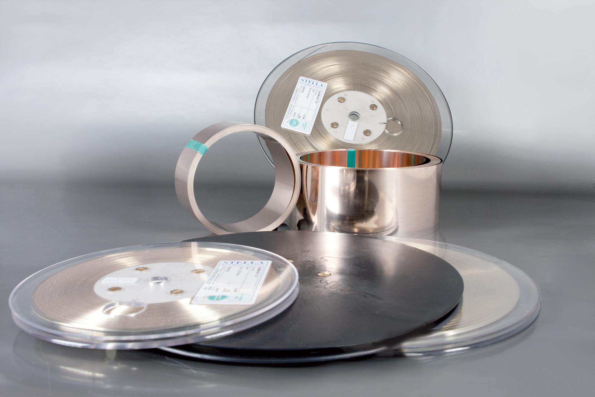 Gamma completa di leghe per la brasatura degli utensili diamantati ed in metallo duro sotto forma di...