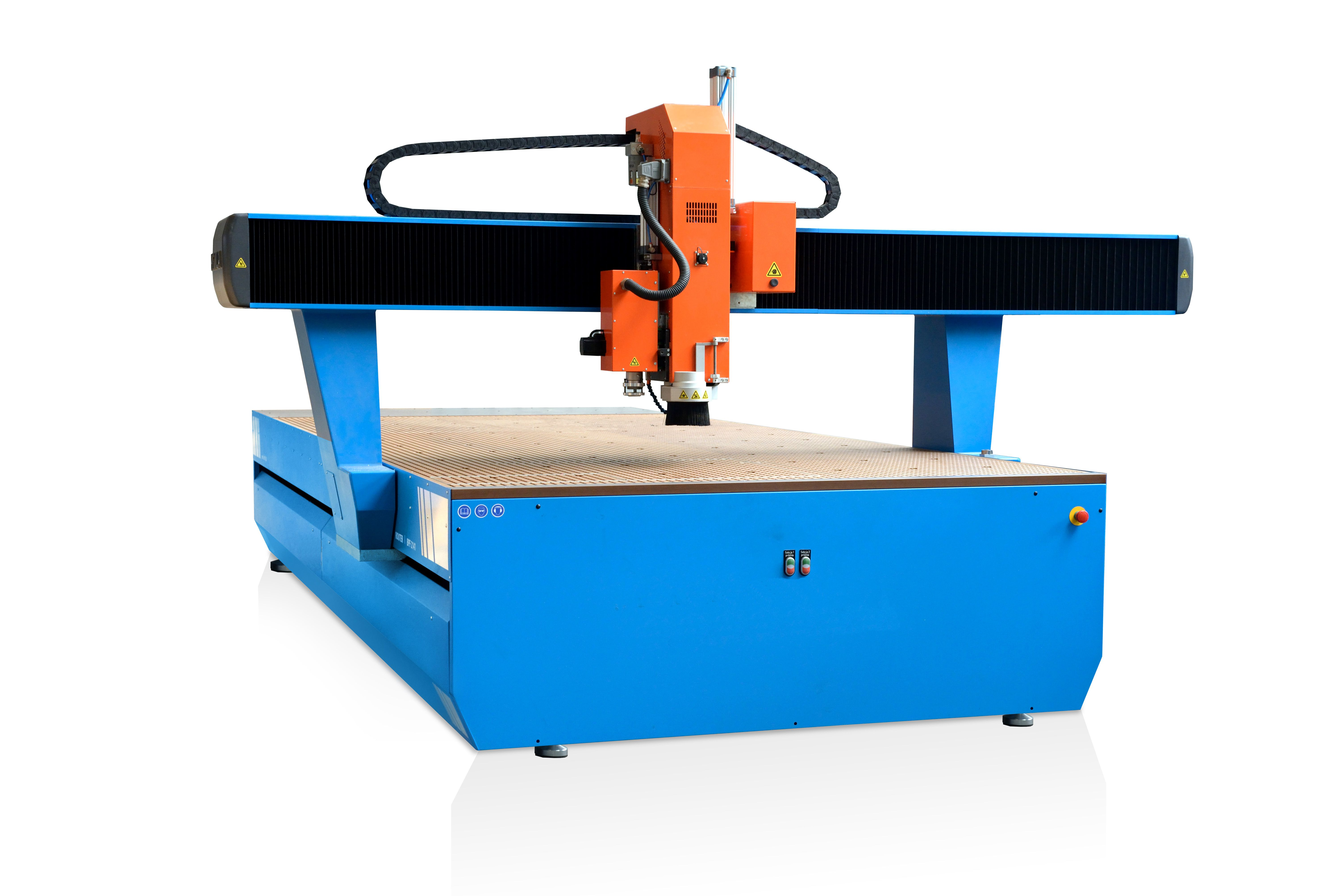 Tvarové řezání, vyřezávání, frézování CNC plotrem s oscilačním nožem a frézovací hlavou ve 2,5D. Vho...