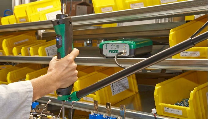 eTensil è uno strumento di lavoro green, versatile e intelligente. La meccanica e l'elettronica di t...