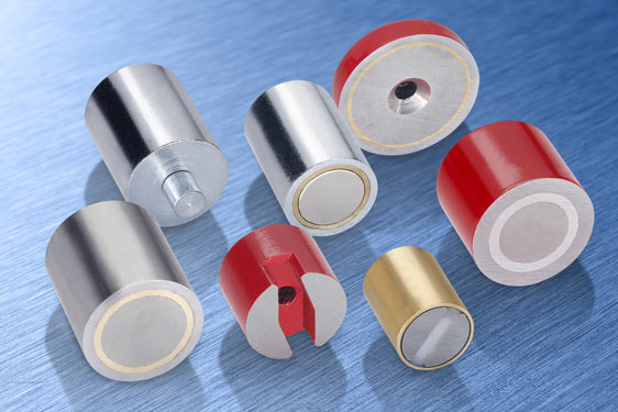 Elesa permanent magnets offer a simple way of providing temporary fixing for workpieces, instruments...