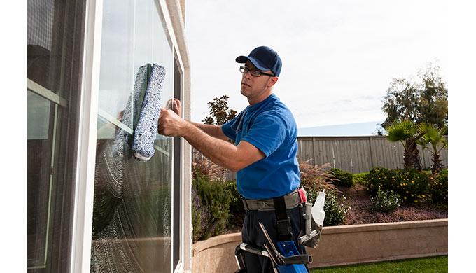 amen wassen, ramen lappen, glazenwasser Gespecialiseerd in glazenwassen en onderhoudsdiensten Huis s...