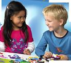 Kreativ leg til børn i udvikling I barnets første leveår udvikles de mest basale evner: Barnet skal ...