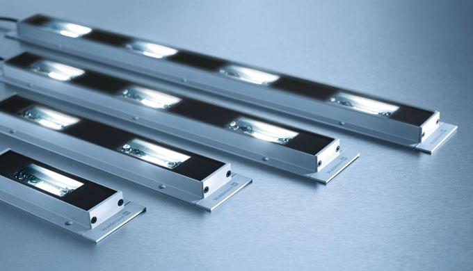 MACH LED PRO rappresenta una famiglia di apparecchi per macchine dal design estremamente sottile, di...