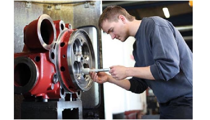 Alsidig maskinpark Med en stor og moderne CNC-styret maskinpark kan vi tilbyde maskinbearbejdning i ...