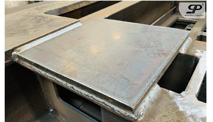 Welding metal base for big size machine