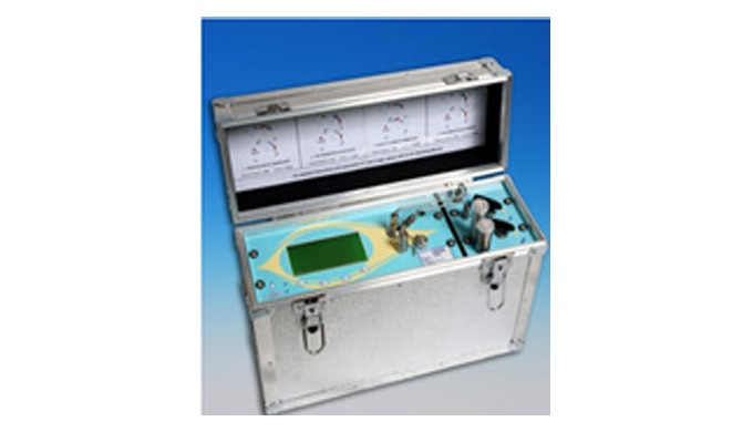 Designed for the LNG industry – portable analysis at line pressure, with in-built dry gas protection...