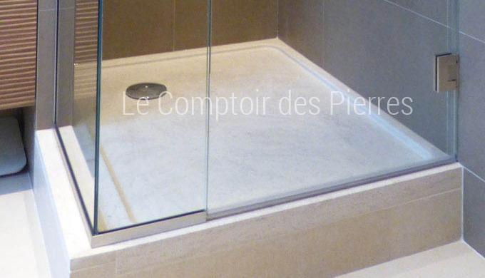 La pierre de Bourgogne dans la salle de bains Découvrez notre collection de modèles exclusifs de vas...
