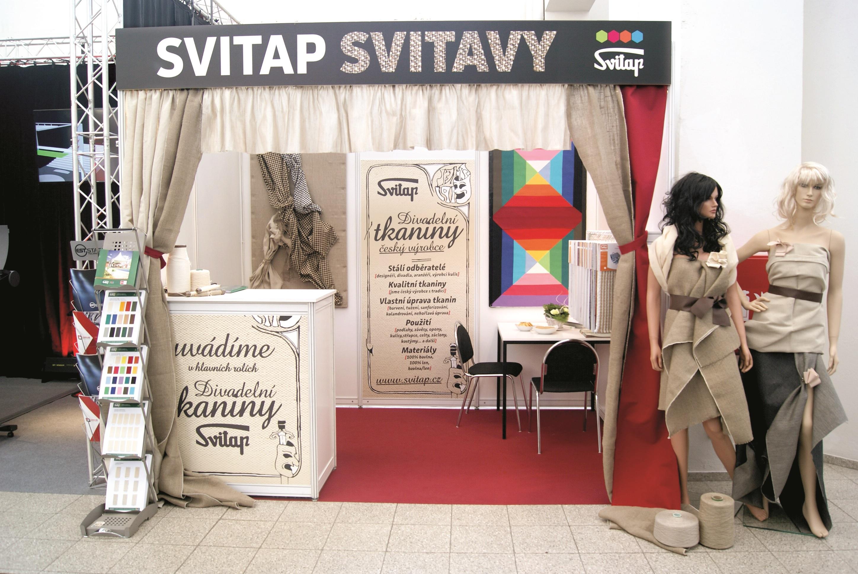 Tkaniny vhodné pro divadla, aranžéry, designéry Svitap již od počátků vyrábí různé druhy tkanin z rů...