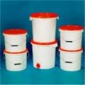 Rundeimer von 1 - 30 Liter, auf Wunsch mit Originalitätsverschluss Ovaleimer von 3.5 - 18 Liter, auf...
