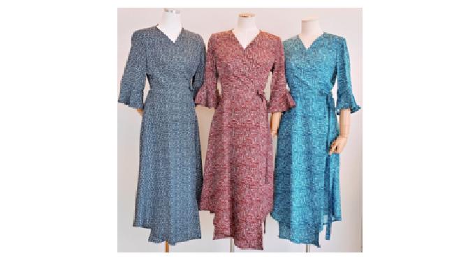 A lap-one-piece dress