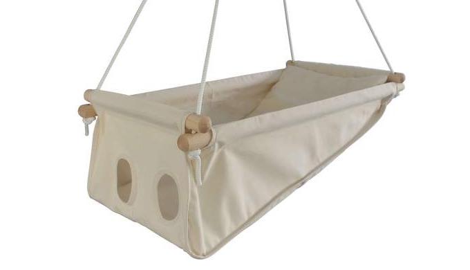 Le hamac pour bébé Zébul'hamac est un berceau design, fabriqué en France qui se transforme en transa...