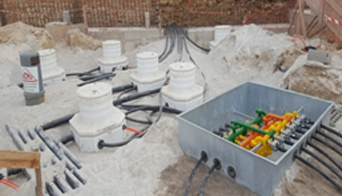 Installation tuyauterie PEHD des stations carburant , fourniture et installation des manifolds de di...
