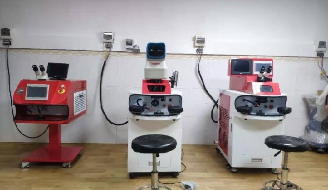 We are manufacturuer of laser marking machine,laser welding machine and laser cutting machine. Espec...