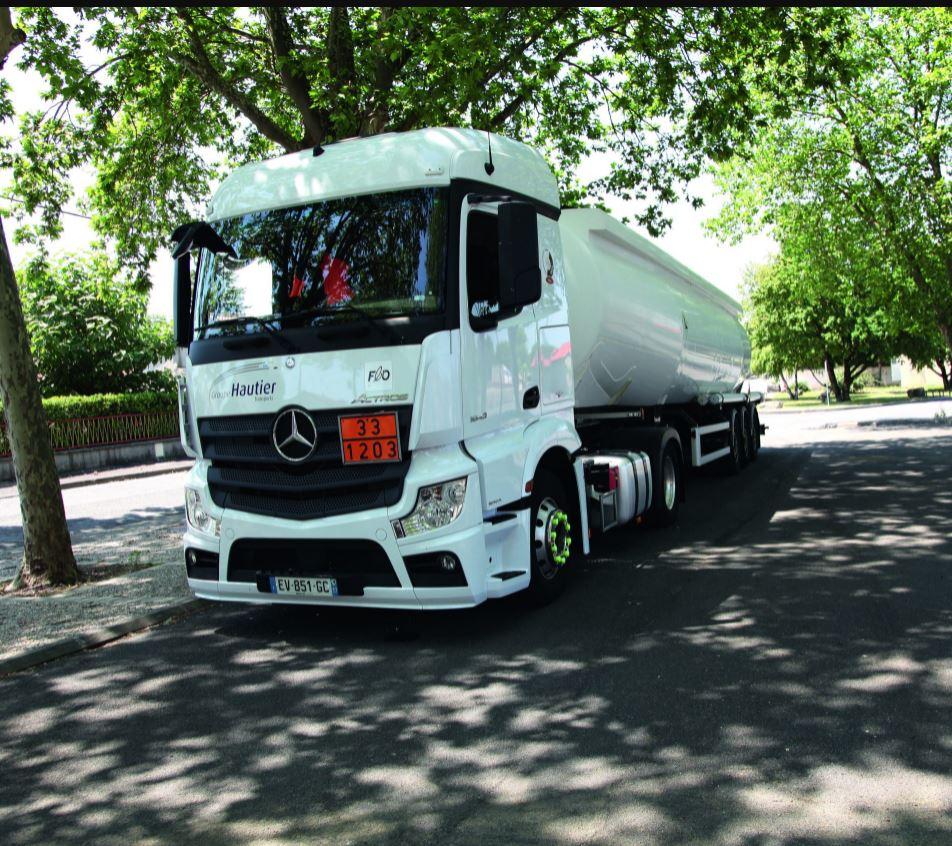Transport routier gros porteur: CITERNES LIQUIDES 44T