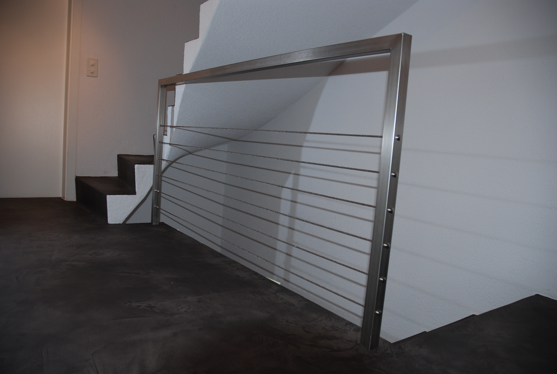 Chromstahl-Geländer