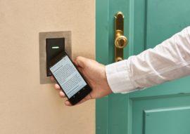 PŘÍSTUPOVÉ SYSTÉMY Přístupové systémy rodiny IMAporter jsou určeny k elektronické kontrole a evidenc...