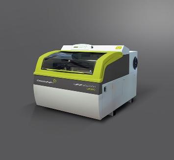 Gravograph: Máquina de grabado y corte láser por CO2 LS900