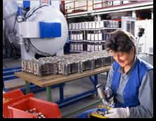 Värmebehandling är en kontrollerad process som används för att ändra mikrostrukturen i material som ...