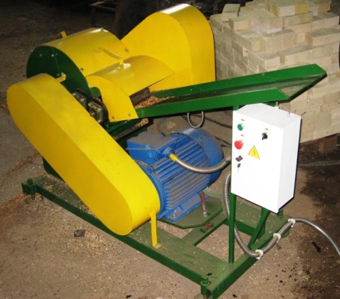 Станок для дробления отходов древесины барабанного типа СДДО-80