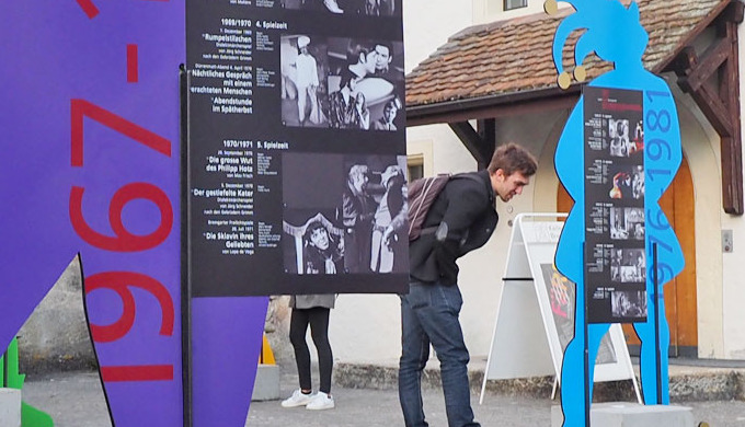 Szenografie und Gestaltung von Ausstellungen.