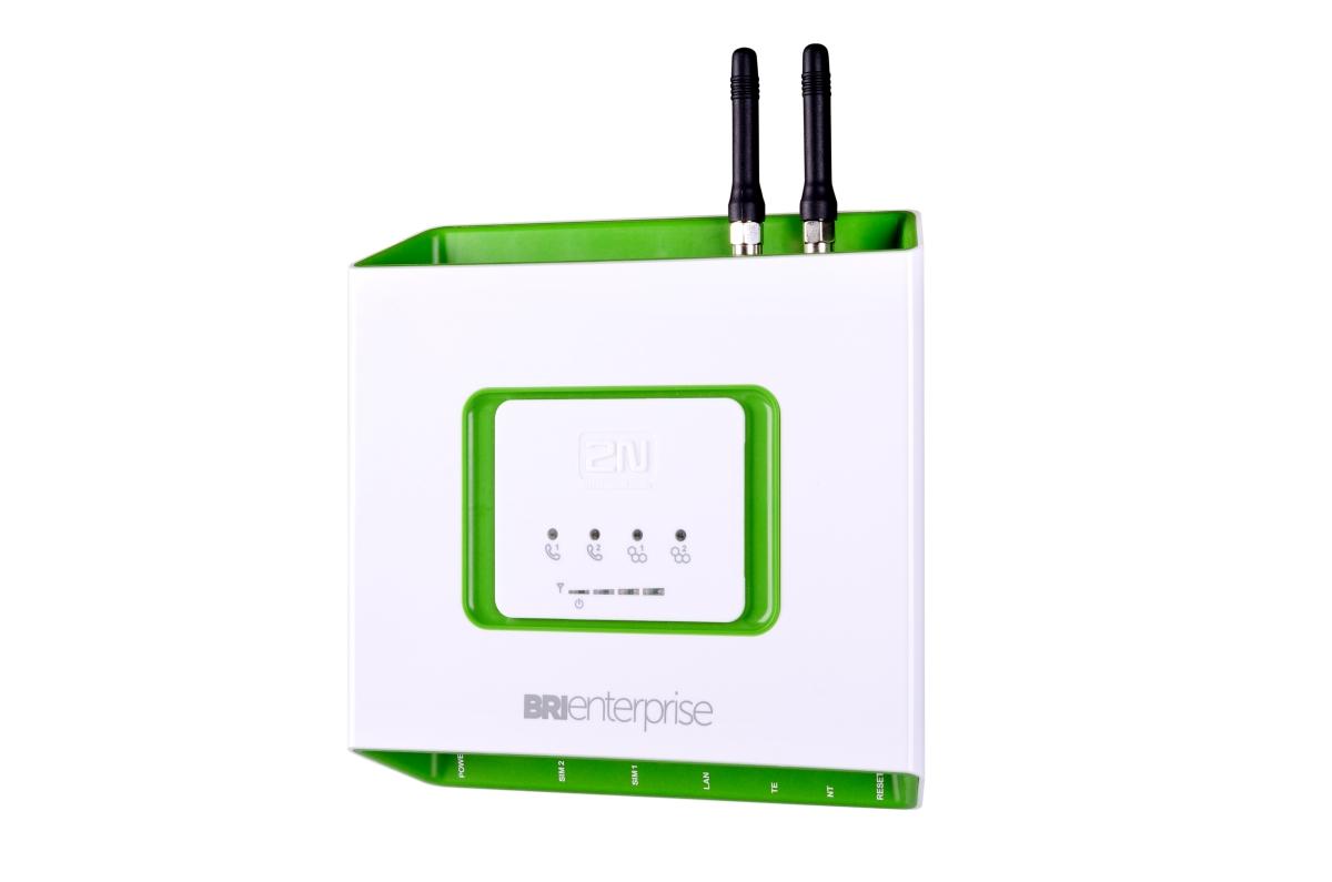 Vyšší komfort, nižší poplatky za volání2N® BRI Enterprise je další GSM/UMTS branou v portfoliu 2N, k...