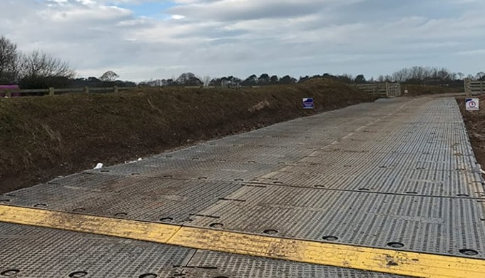 Specifically designed heavy duty road mats for temporary roadways, walkways & working platforms. TPA...
