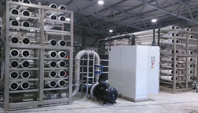 Desalination system with capacity of 10.000 m3 /day of drinking water
