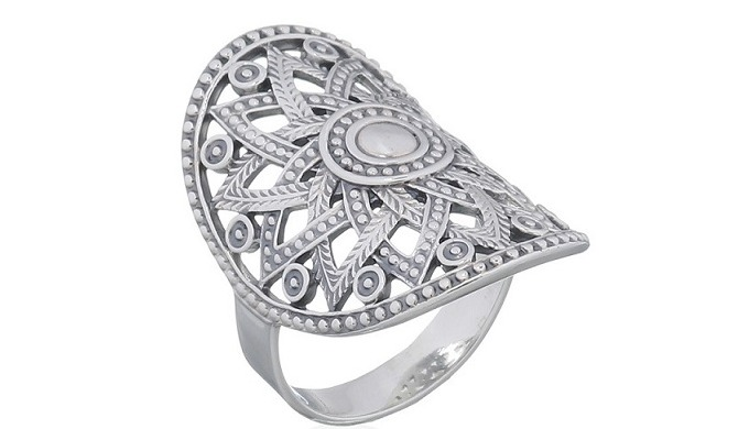Wholesale silver ring made in Thailand depicting a flowery sun mandala. Cast sterling silver ring wi...