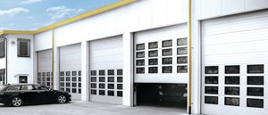 Gilgen Door Systems offre les solutions de portes industrielles. Ces portes sont posées et entretenu...