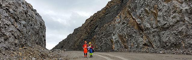 Ingenieurgeologie Wir beraten Sie zu allen massgeblichen Fragen der Geologie. Die Bautätigkeit nimmt...