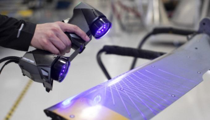 Die HandySCAN 3D™ Produktlinie setzt den Maßstab für tragbaremesstechniktaugliche 3D-Scanner. Die 3....