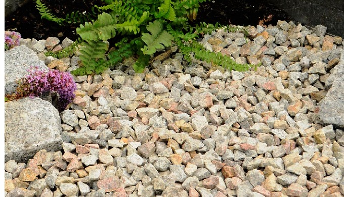 20mm brown granite chippings. Grade from 10mm with the biggest stone 20mm. Available in polybags or ...