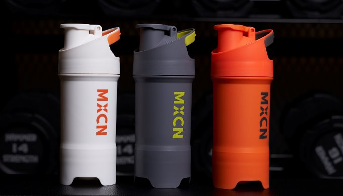 MXCN is the only shake bottle in the world. The patented design can blend the contents without any i...