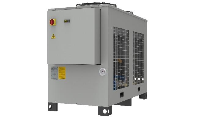 Refrigeratore di liquido con struttura a sviluppo orizzontale in due versioni : WLA R407C condensato...