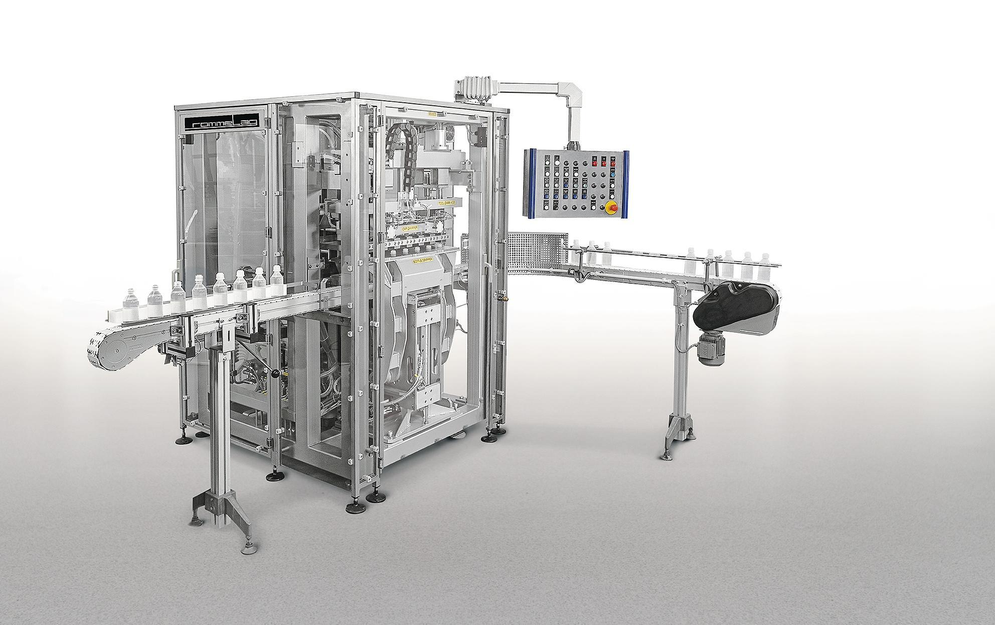 Diese SM Kappenschweißmaschinen dienen dazu, Kunststoffkappen (Verschlüsse) auf BFS bottelpack Kunst...