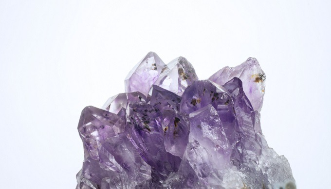 Birthstone of February Symbol : Inner peace, Sincerity Origin : Natural Mineral Application : Cosmet...