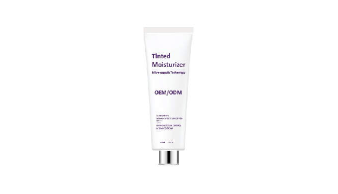 13_Tinted moisturizer