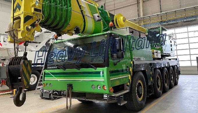 Costruttore | Brand Liebherr Modello | Model LTM 1100-5.2 Portata | Capacity Class 100 ton Anno | Ye...