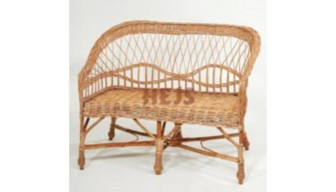 Produkt wykonany z wikliny korowanej. Krzesło wiklinowe różne rodzaje przeznaczone do pomieszczeń ,d...