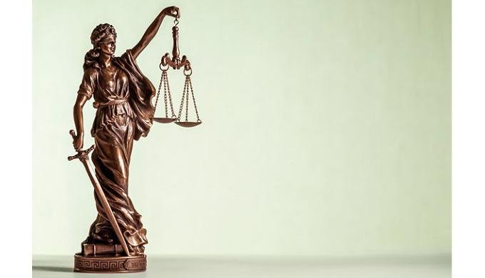 Тонкости работы правовых фирм