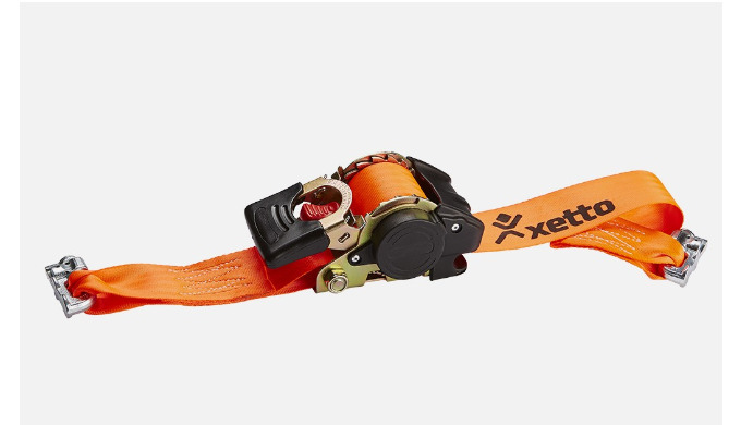Automatic lashing strap to ensure cargo is secured easily and safely on the xetto®. With automatic s...