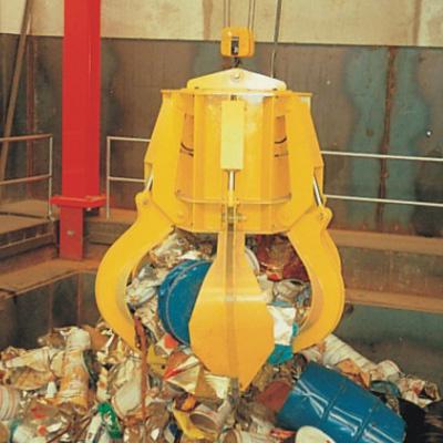 Drapáky jsou vyráběny dle potřeb zákazníka. Jsou vhodné pro manipulaci s odpadem, šrotem atd.