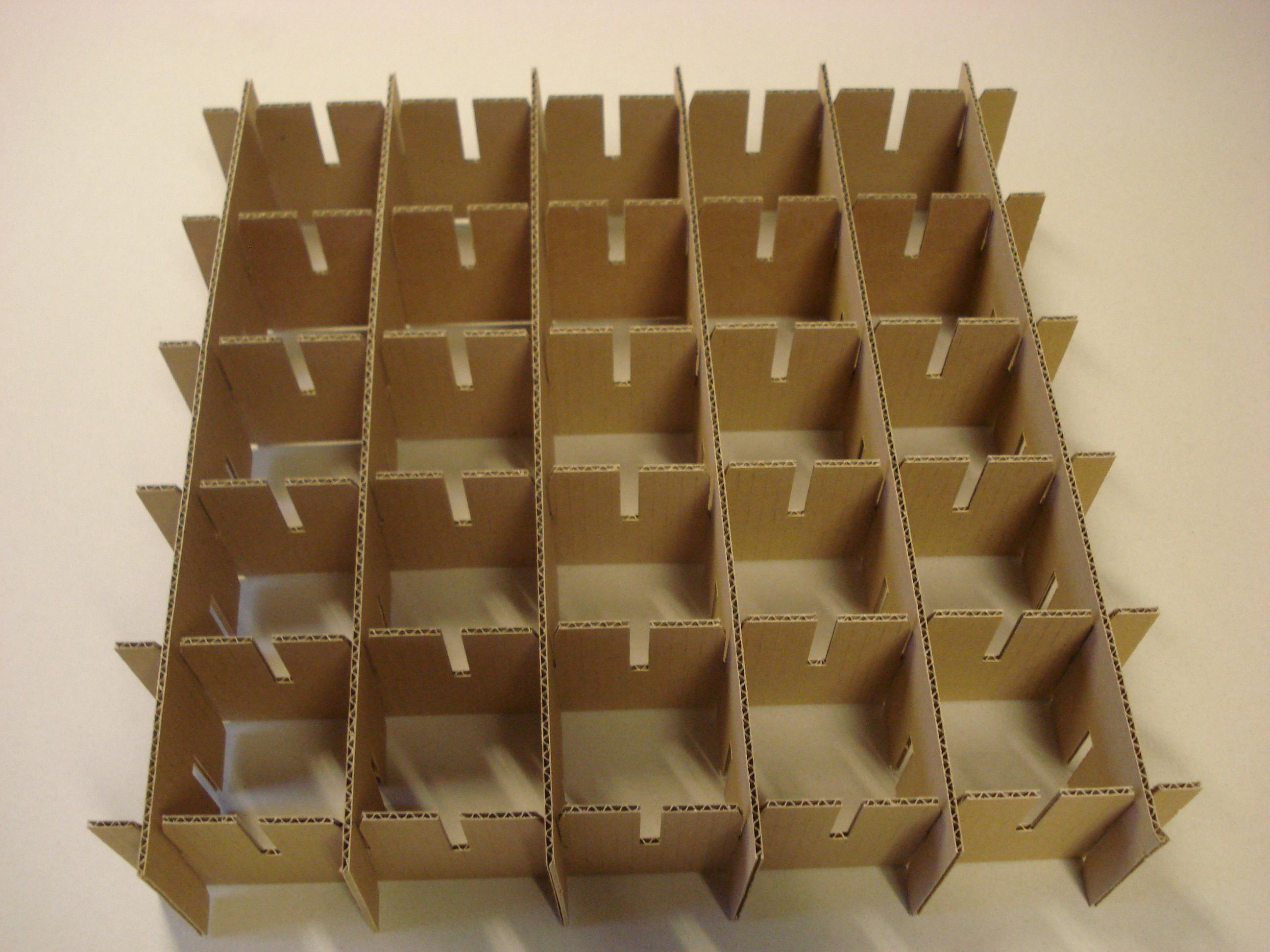 Les croisillons, encore appelés casiers ou séparateurs, peuvent être réalisés en carton compact, là ...