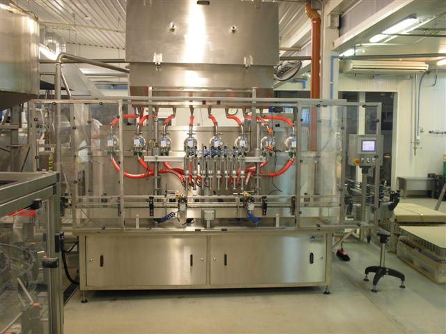 APOLLO LP - Automatický lineární plnicí stroj s Lobe čerpadly