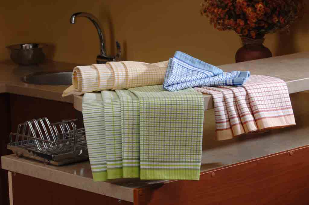 Společnost SVITAP J.H.J. spol. s r.o. je tradičním výrobcem tkanin pro bytový textil. Tkaniny pro by...