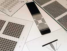 Technische Beschreibung •Filmträger Photoschicht: Grösse max.: 710 x 810 mm Struktur min.: 6 mikron....