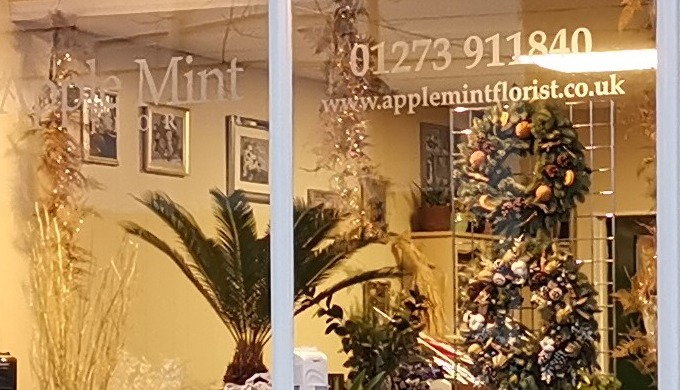Apple Mint Florist specialises in making beautiful flowers arrangements, bouquets and displays for a...