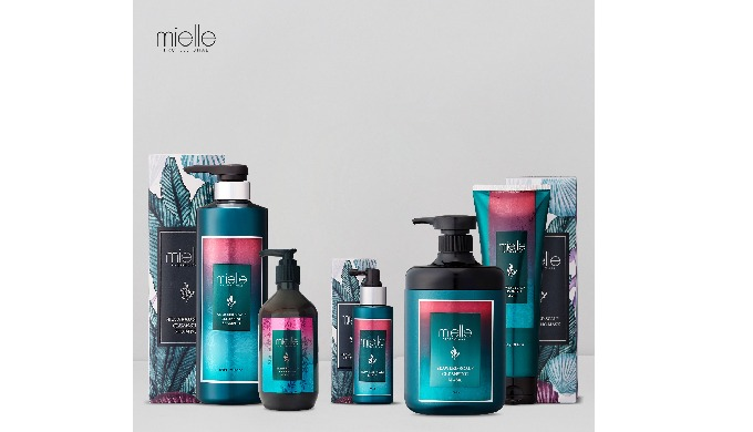 mielle Professional Seaweed Scalp Cleansing line