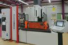 Produkte: Werkzeugaufbauten, Formplatten, Einsätze Prototypen, Elektroden, Serienteile,etc werden je...