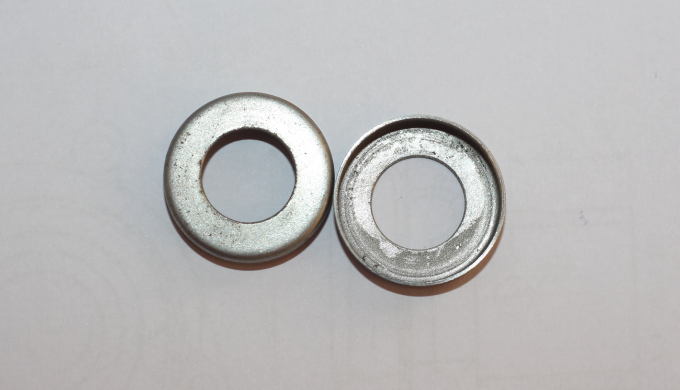 We supply high-quality Bearing Covers manufactured from superb quality raw materials. Bolt bearing c...